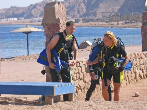 Diving the Canyon Dahab